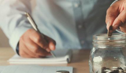 Как накопить деньги за год?  7 способов от классических до азартных